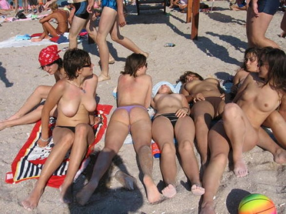 donne_nude_mare_4